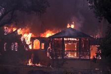 ABD'de yangın faciası: 31 ölü yüzlerce kayıp!...