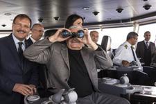 Başbakan Yıldırım, Yalova'dan İstanbul'a feribotla yolculuk yaptı