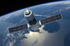Çin'in uzay istasyonu Dünya'ya düşüşe geçti ama nereye?