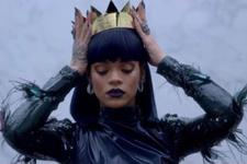 Rihanna Mısır kraliçesi oldu!