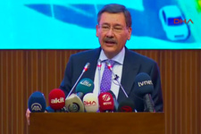 Ankara Büyükşehir Belediye Başkanı Melih Gökçek istifa etti