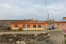 Ankara'da 5 okul öğrencisizlikten kapandı