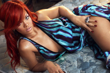 Rihanna öz amcasını ihbar etti! Sebebi inanılmaz