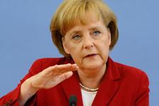 Merkel'den erken seçim açıklaması!