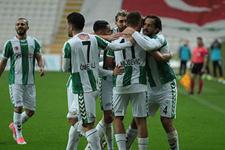 Atiker Konyaspor Avrupa'da 1 puana razı oldu