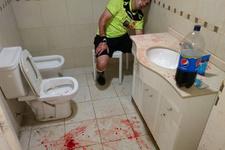Arjantin'de taraftarlar hakemlere saldırdı!