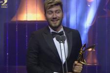 Enes Batur kimdir Altın Kelebek'te en iyi Youtuber ödülü aldı