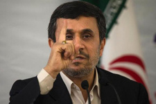 Ahmedinejad: 48 saat mühlet veriyorum aksi halde...