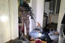 IŞİD'e şafak baskını! Böyle gözaltına alındılar...