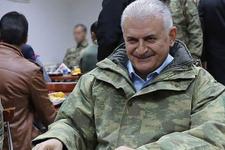Başbakan Yıldırım Isparta'da komandoları ziyaret etti