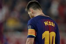 Linoel Messi'nin ayaklarını kestiler!
