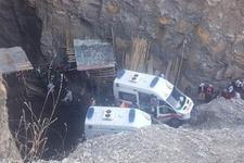 Şırnak'ta 3 kişi su dolu kuyuya düştü! Ekipler zamanla yarışıyor