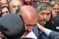 AK Parti'li başkan ağlayarak istifa etti!