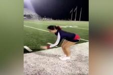 Fizik kurallarını alt üst eden ponpon kız