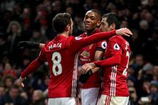 Manchester United seriye bağladı