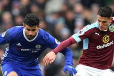 Chelsea takılsa da liderlik savaşını bırakmıyor