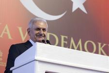 Meclis'te Medya ve Demokrasi etkinliği Yıldırım notları görünce...