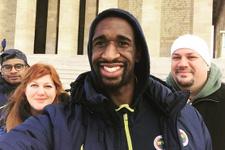 F.Bahçeli basketbolcu Ekpe Udoh Anıtkabir'i ziyaret etti