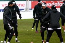 Beşiktaş'ta 3 futbolcu sınırda