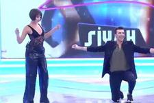 Kerimcan Durmaz ve Bahar zeybeği erotik dansa çevirdi