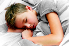 Yangın alarmları çocukları uykusundan uyandıramıyor