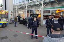 Aracığıyla kalabalığın arasına daldı terör saldırısı mı?
