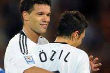 Micheal Ballack'tan Mesut Özil'e çağrı!