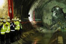 İstanbul için tarihi an... Dev projede tüneller birleşti