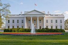 Beyaz Saray'da 24 saatte ikinci alarm gözaltına alındı