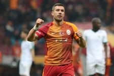 G.Saray Podolski'nin satıldığını resmen duyurdu