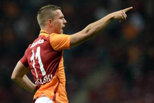 Transferin ardından Podolski'den ilk açıklama