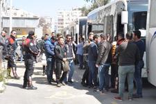 İzmir'de çok sayıda gözaltı! Evlerinden bakın ne çıktı