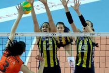 Fenerbahçe Eczacıbaşı'nı 5 sette yıktı