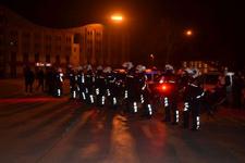 Kent ayaklandı 1150 polis 'acil' koduyla çağrıldı