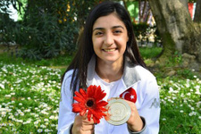 Judocu Çiçek Akyüz üstüste 2 kez Avrupa Şampiyonu oldu