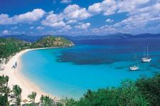 Bu adaya tatile gidiyorsunuz üstüne para veriyorlar
