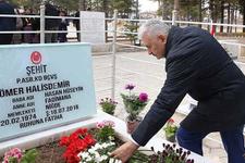 Başbakan, Halisdemir'in kabrini ziyaret etti