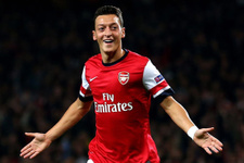Mesut Özil Barcelona'nın kapısından dönmüş