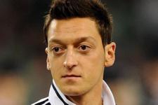 Mesut Özil'den olay Almanya itirafı meğer seçerken...