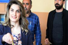 Selahattin Demirtaş'ın eşi tek başına oy kullandı