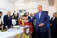 Liderler oyunu böyle kullandı Erdoğan torunuyla geldi