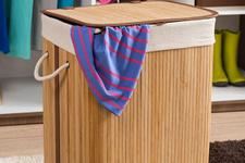 Çamaşır sepetinden çıkana bakın şoke olacaksınız