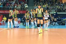 Galatasaray'ı yenen Fenerbahçe seride öne geçti