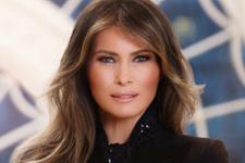 Melania Trump'ın ilk portresi ortalığı karıştırdı yüzüklere dikkat!