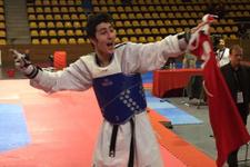 Genç tekvandocu Hakan Reçber Avrupa Şampiyonu