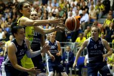 Fenerbahçe - Yakın Doğu Üniversitesi maçından kareler