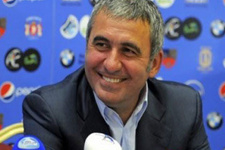 Galatasaray'dan Gheorghe Hagi'ye mesaj