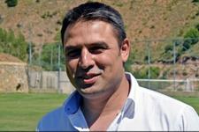 Nazilli Belediyespor Fatih Akyel'le el sıkıştı