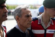 Akın Öztürk'ten şaşırtan savunma davada ortalık karıştı