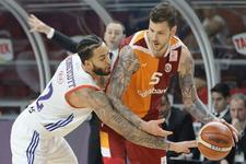 Anadolu Efes Galatasaray maçı sonucu ve özeti